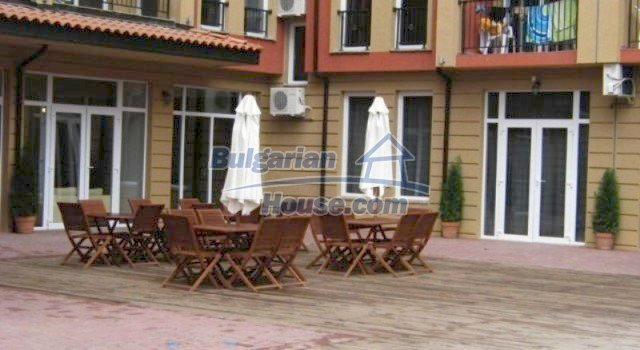 11781:20 - Cheap completed apartments - stunning location in Sunny Beach