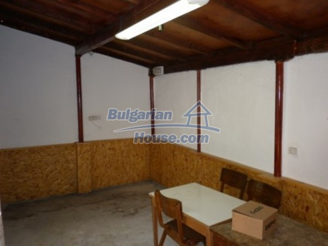 11795:11 - Functional house in the outskirts of Vratsa - nice mountain view