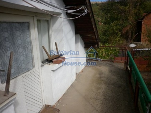 11795:8 - Functional house in the outskirts of Vratsa - nice mountain view