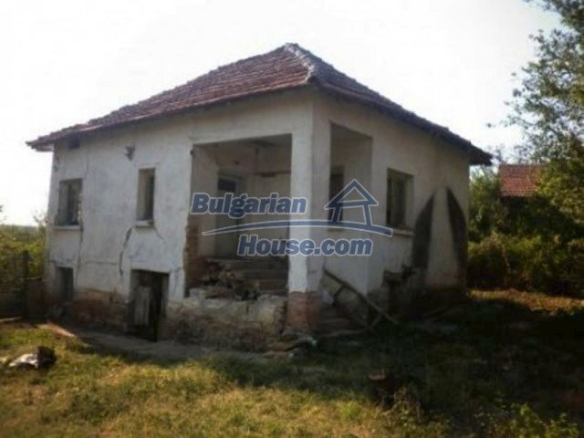 11809:2 - Rural house with a large garden at reduced price - Vratsa