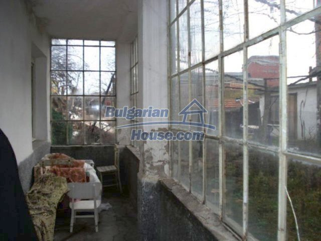 11816:5 - Spacious nice family house in Elhovo town