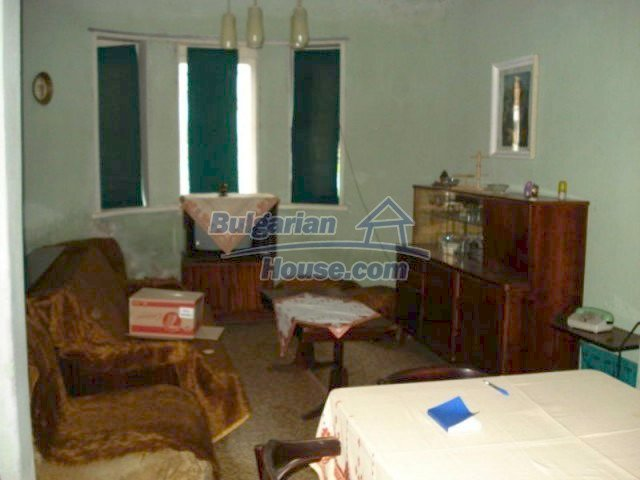 11816:7 - Spacious nice family house in Elhovo town