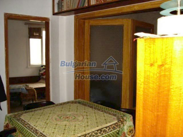 11816:14 - Spacious nice family house in Elhovo town
