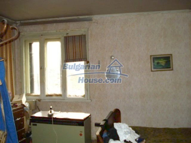 11816:16 - Spacious nice family house in Elhovo town