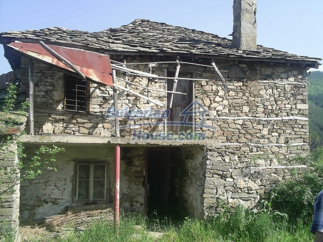 11822:37 - Huge property in Kardzhali region – miraculous landscape