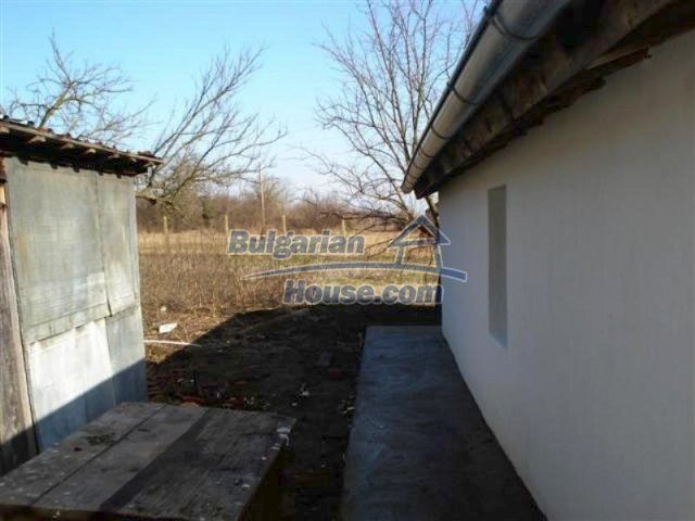 11830:14 - Recently renovated country house with sunny garden – Elhovo