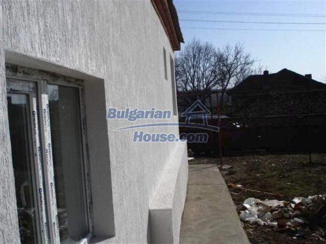11830:16 - Recently renovated country house with sunny garden – Elhovo