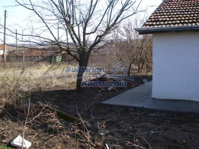 11830:17 - Recently renovated country house with sunny garden – Elhovo