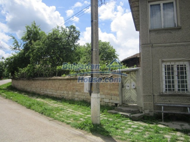 11838:5 - Spacious house in the pretty village of Voditsa, Popovo