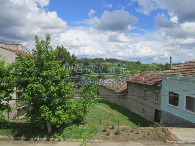 11838:21 - Spacious house in the pretty village of Voditsa, Popovo