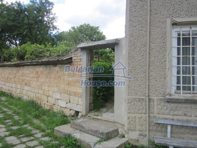 11838:43 - Spacious house in the pretty village of Voditsa, Popovo