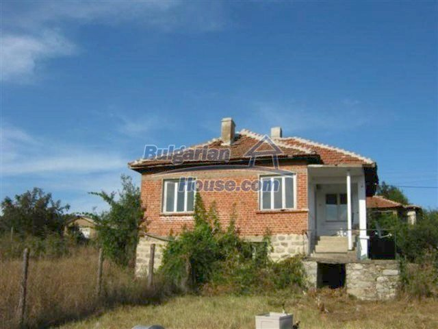11848:1 - Beautiful partially renovated house in the village of Knyazhevo