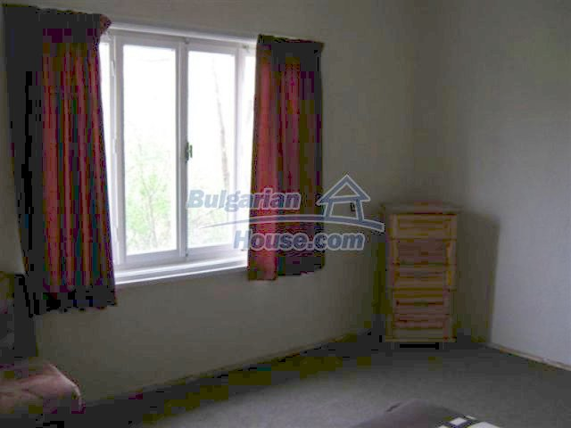 11848:4 - Beautiful partially renovated house in the village of Knyazhevo