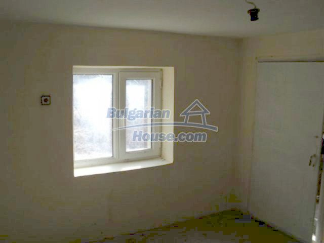 11848:13 - Beautiful partially renovated house in the village of Knyazhevo