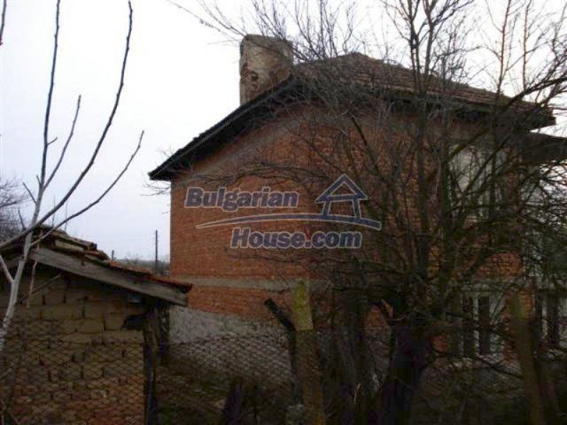 11853:3 - Beautiful massive house with a garden 7 km from Elhovo