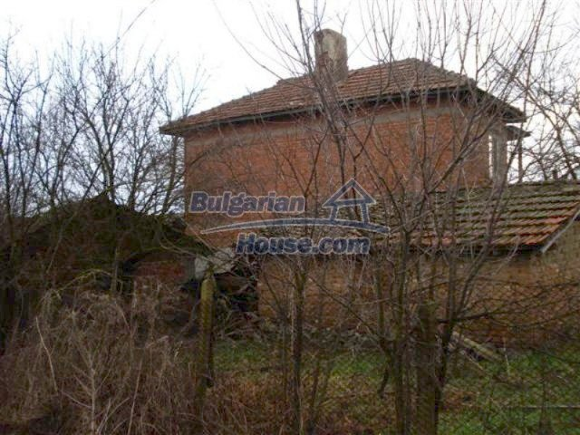 11853:4 - Beautiful massive house with a garden 7 km from Elhovo