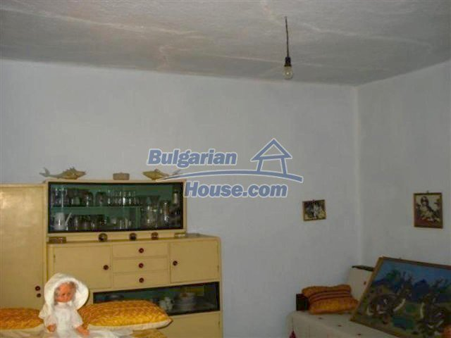 11854:8 - Two-storey house with garden in the lovely village of Lesovo