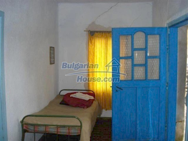 11854:10 - Two-storey house with garden in the lovely village of Lesovo