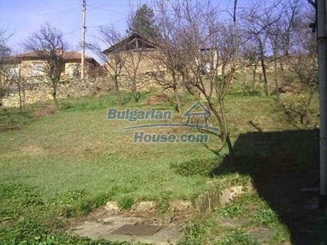 11876:3 - Lovely cheap house near Dryanovo – amazing mountain views