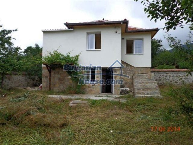 11879:3 - Lovely renovated house 30 km away from Stara Zagora