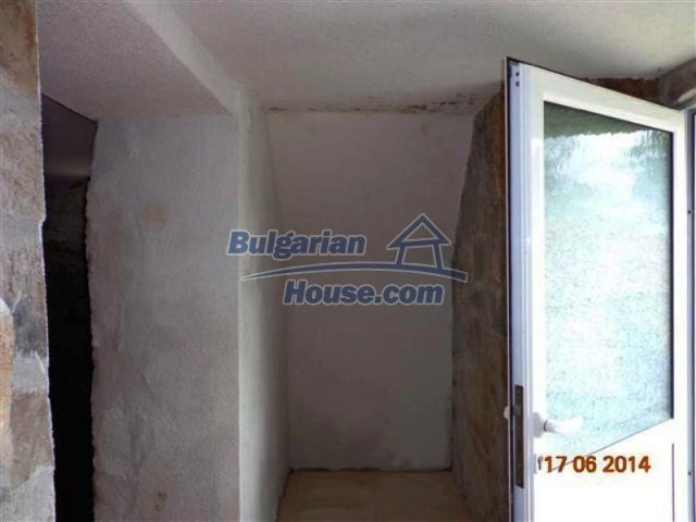 11879:18 - Lovely renovated house 30 km away from Stara Zagora