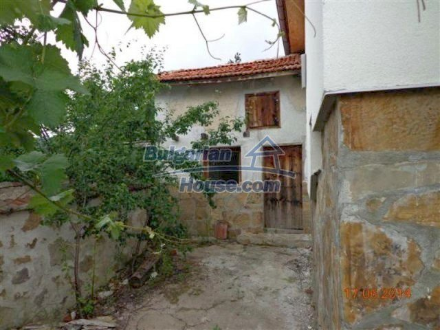 11879:19 - Lovely renovated house 30 km away from Stara Zagora
