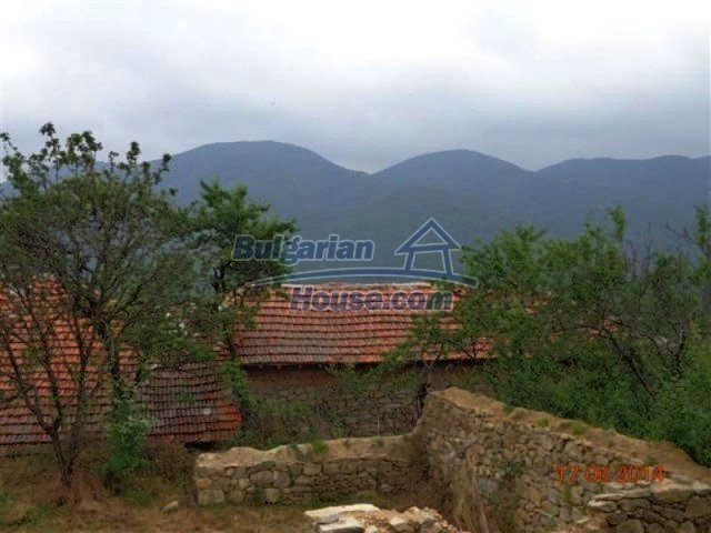 11879:23 - Lovely renovated house 30 km away from Stara Zagora