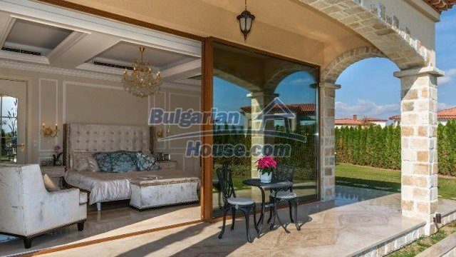 11882:14 - Marvelous top class seaside house near Sunny Beach