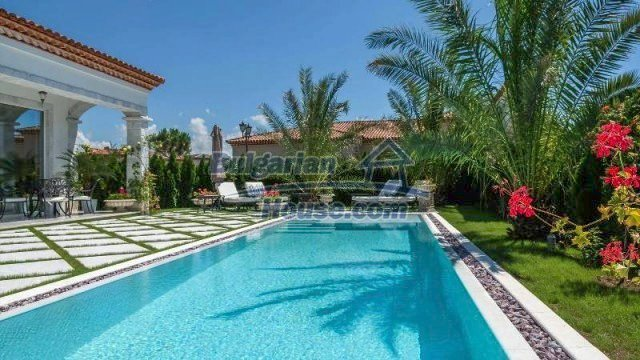 11882:21 - Marvelous top class seaside house near Sunny Beach