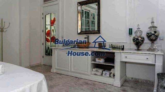 11882:27 - Marvelous top class seaside house near Sunny Beach