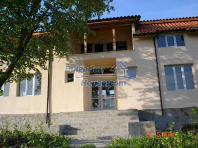11885:2 - Large cheap house near Elhovo with great investment potential