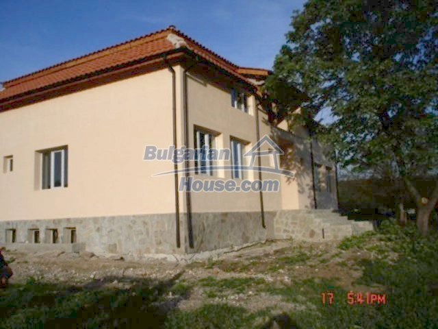 11885:5 - Large cheap house near Elhovo with great investment potential
