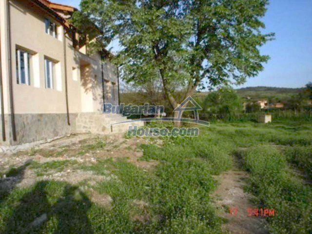 11885:11 - Large cheap house near Elhovo with great investment potential