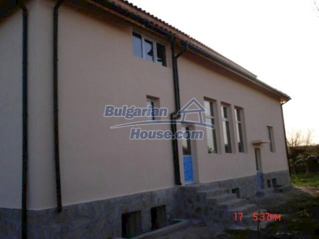 11885:8 - Large cheap house near Elhovo with great investment potential