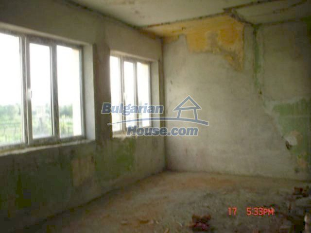 11885:16 - Large cheap house near Elhovo with great investment potential