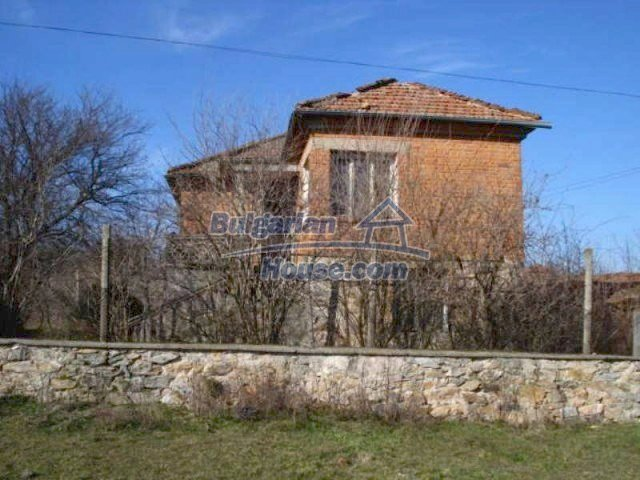 11886:2 - Cheap rural house in lovely countryside near Elhovo