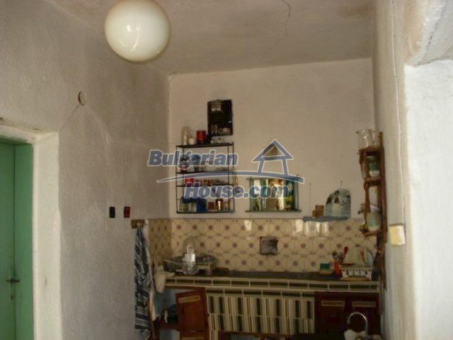 11886:7 - Cheap rural house in lovely countryside near Elhovo