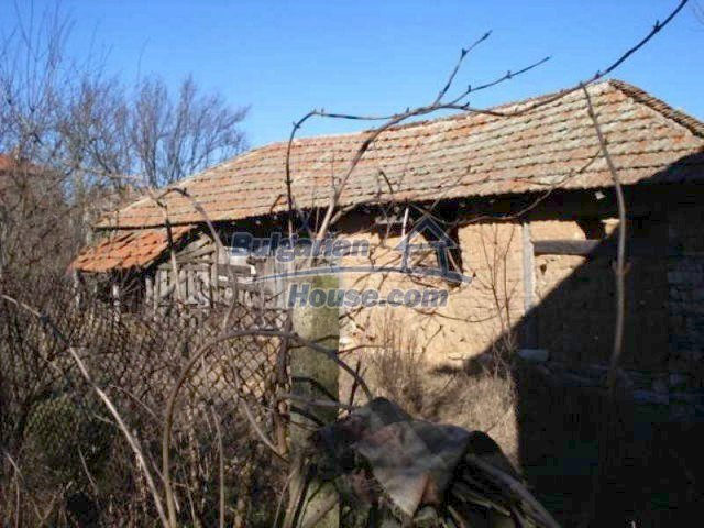 11886:14 - Cheap rural house in lovely countryside near Elhovo