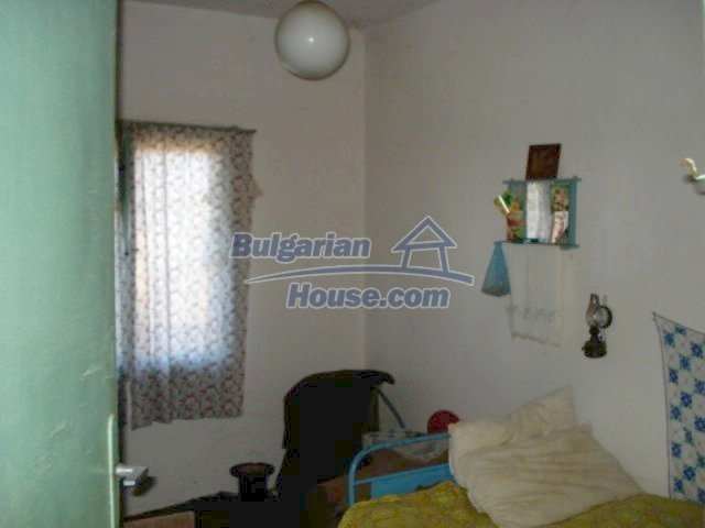 11886:9 - Cheap rural house in lovely countryside near Elhovo