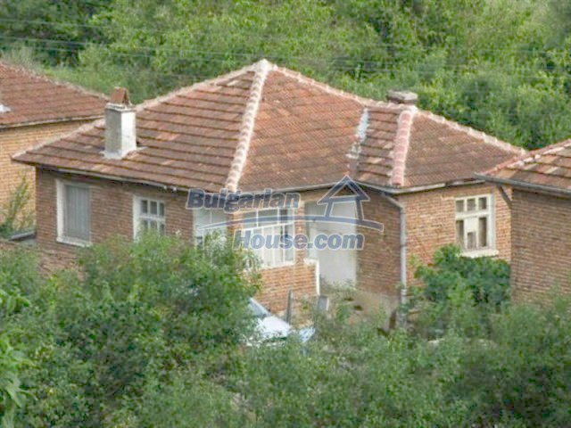 11887:1 - Rural seaside house near Tsarevo – incredible mountain views