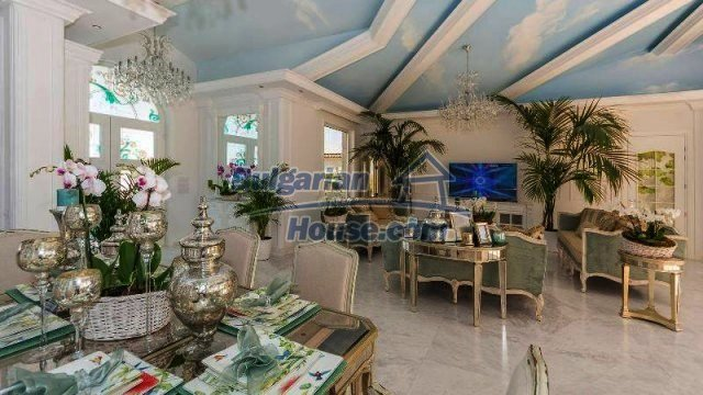 11889:12 - Impeccably furnished and decorated seaside house – Sunny Beach