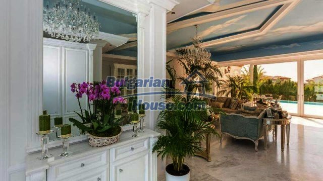 11889:13 - Impeccably furnished and decorated seaside house – Sunny Beach