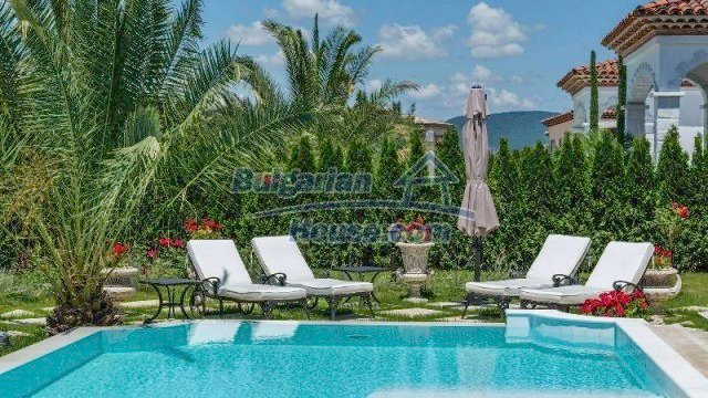 11900:4 - Luxury seaside house - fabulous garden and lovely swimming pool