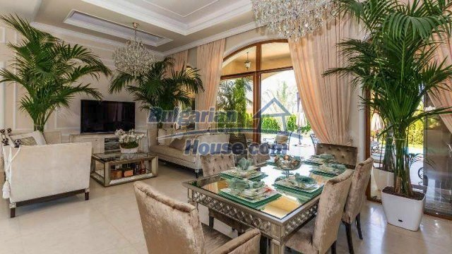 11900:8 - Luxury seaside house - fabulous garden and lovely swimming pool