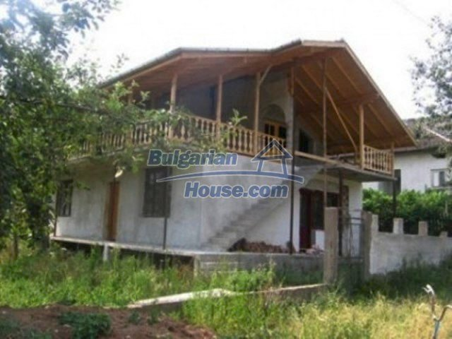 11901:1 - Cozy attractively disposed house in mountainous region - Vratsa
