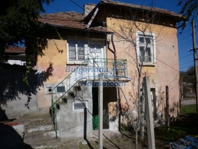 11902:3 - Nice rural house with a sunny compact garden - Vratsa