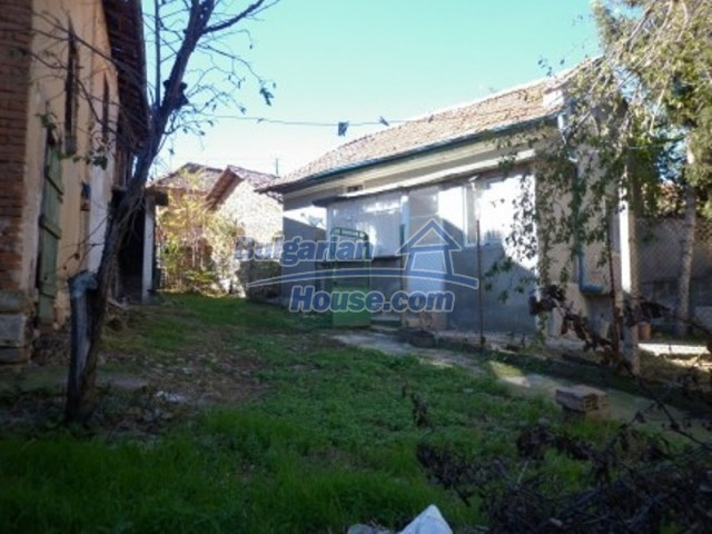 11902:6 - Nice rural house with a sunny compact garden - Vratsa