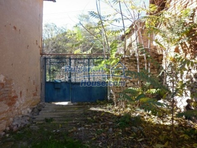 11902:8 - Nice rural house with a sunny compact garden - Vratsa