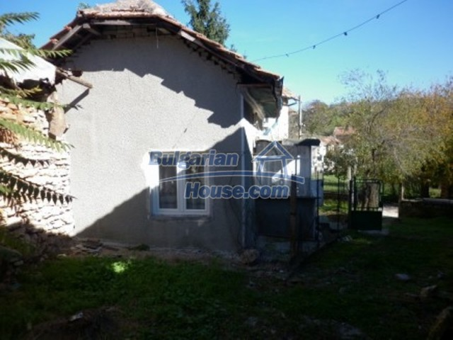 11902:11 - Nice rural house with a sunny compact garden - Vratsa