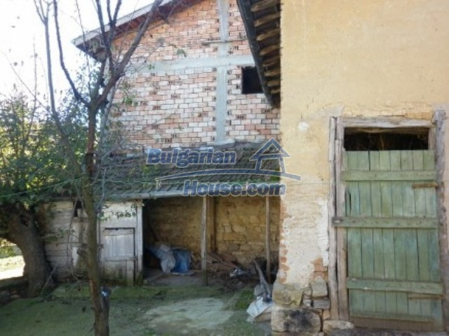 11902:10 - Nice rural house with a sunny compact garden - Vratsa